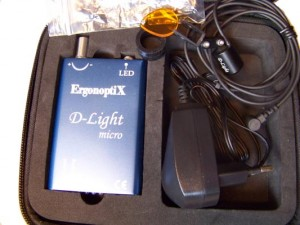 ErgonoptiX-D-light-micro -surgery-headight-in-case