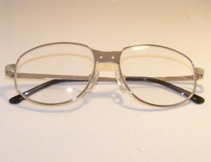 ergonoptix-titanium-frames-for-surgical-dental-loupes-340