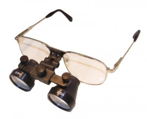ergonoptix-galilean-loupes-on-metal-spectacles-frames-800